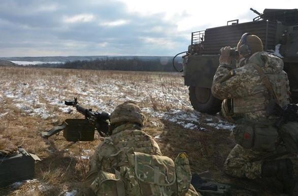 Бойовики порушують перемир'я надонецькому напрямку: 10 обстрілів
