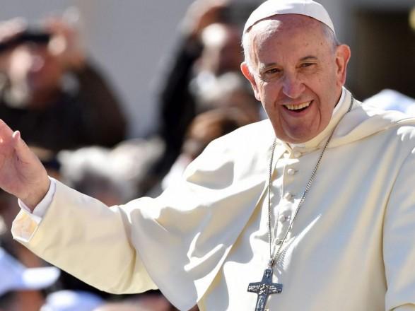 Папа Римський упасхальному зверненні побажав миру Україні