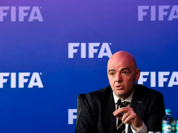 ЗМІ: ФІФА може заборонити оренду гравців