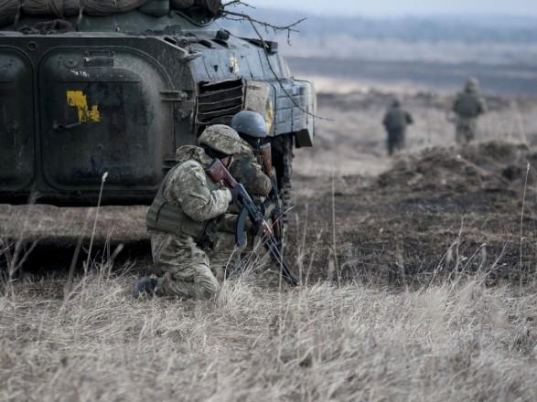 Формат АТО буде переведений в операцію Об'єднаних сил 30 квітня - Президент