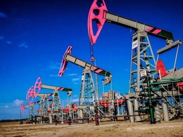 Нафта Brent торгується вище 72 доларів забарель