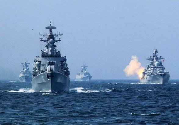Військові кораблі РФ активізувалися біля Криму: рибалок застерегли щодо провокацій