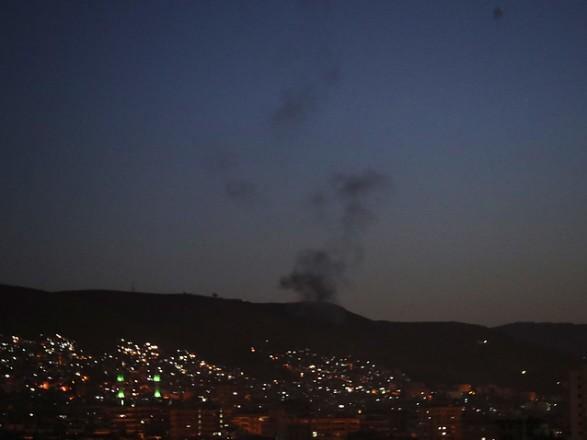 ЗМІ Сирійські ППО відбили ракетні удари по військовим базам біля Хомсу та Дамаска