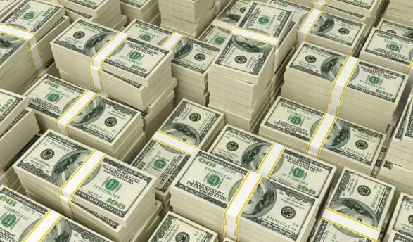 КИЕВ. 20 апреля. УНН. В период с 2007 по 2014 год Украина позаимствовала  извне 46 млрд долларов США. Об этом в во время выступления с трибуны  парламента ... 9268fe756b856