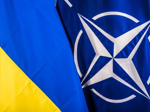 У НАТО розповіли про чотири кроки, які чекають на Україну на шляху до вступу
