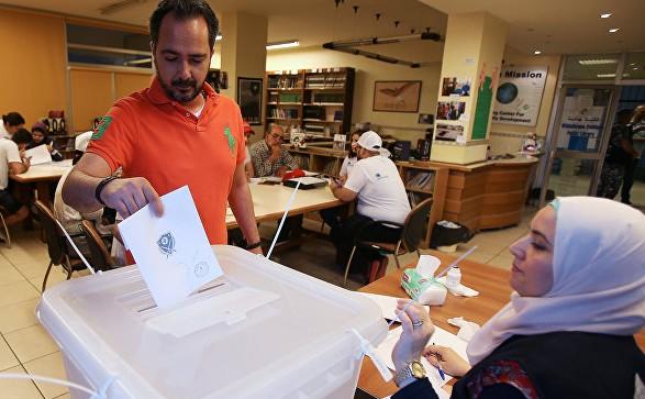 Перше за останні дев ять років голосування на виборах в однопалатний  парламент Лівану завершилося о 18.00 за київським часом неділі 8b7de073b08f6