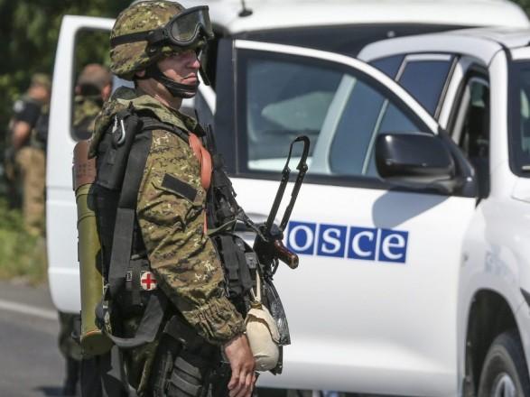 Сепаратисти уДебальцевому затримали патруль ОБСЄ