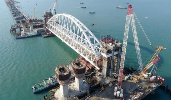 У ЄС відреагували на відкриття Керченського мосту