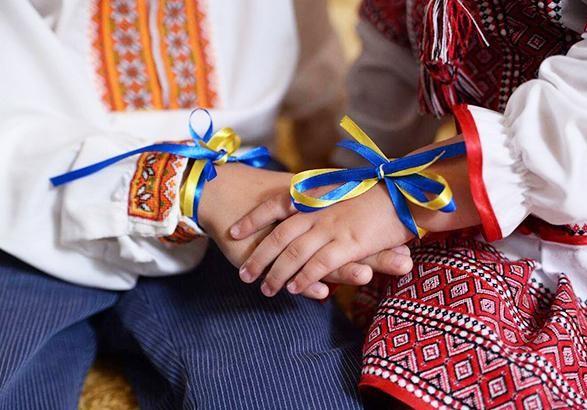 День вишиванки відзначають сьогодні в Україні