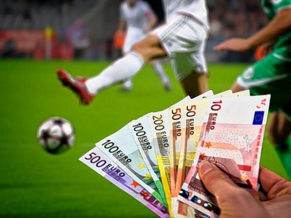 Кримінальне провадження справа стане крапкою у справі корупції в  українському футболі. Про це в кулуарах парламенту заявив народний депутат  України Антон ... 3af0b3fc8bb90