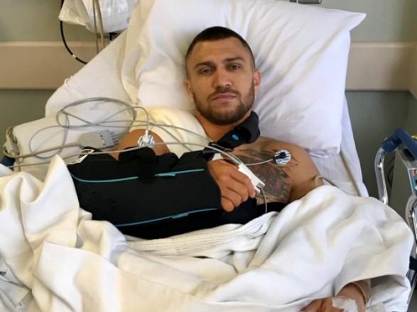 Чемпіон світу збоксу Ломаченко перенесе операцію наплечі і пропустить півроку