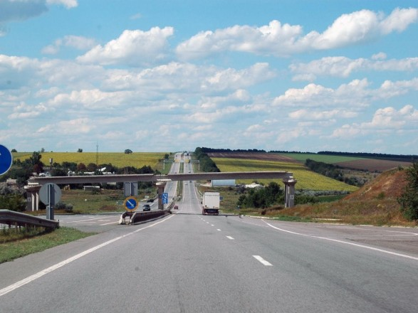 Названо країни з найгіршими дорогами в світі