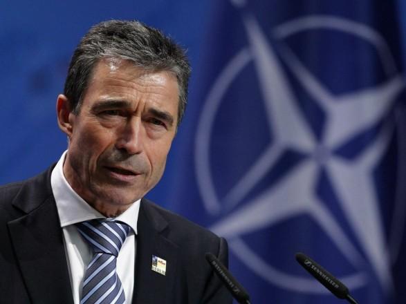 """Екс-генсек НАТО заявив про здатність Росії """"зайняти"""" Україну за кілька днів"""
