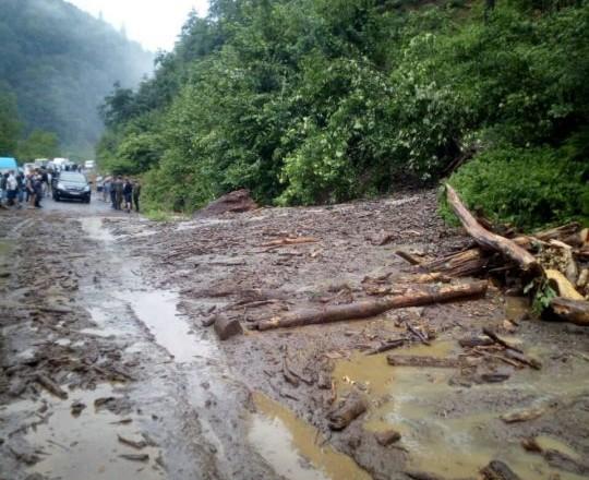 Синоптики попередили закарпатців про небезпеку підвищення рівня води у річках та селеві потоки