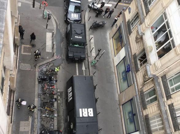 Спецоперація у Парижі: нападника затримали, а заручників - звільнили