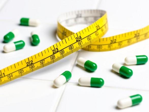 Принимала препараты для похудения: в Харькове отравилась 13-летняя девушка