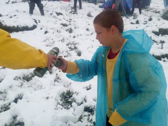 Наметовий табір у Карпатах засипало снігом: рятувальники дісталися до туристів