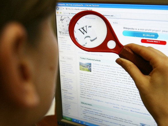 Wikipedia назнак протесту припинила роботу вчотирьох країнах Європи
