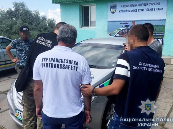 """Чиновник """"Укртрансбезопасности"""" в Николаеве требовал взятки с автоперевозчиков"""