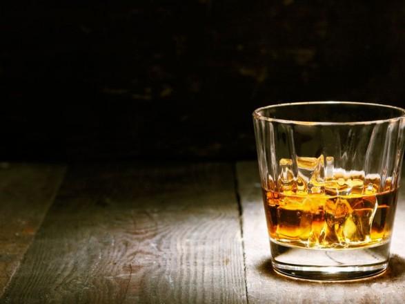 """Тінізація алкогольного ринку """"краде"""" з бюджету щорічно близько 9 млрд грн"""