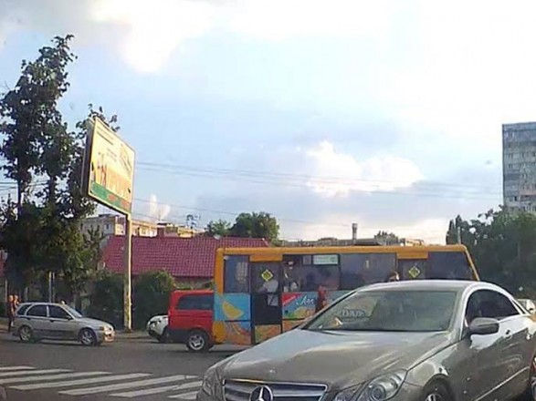 В Одессе женщина-водитель сбила пешехода и сбежала
