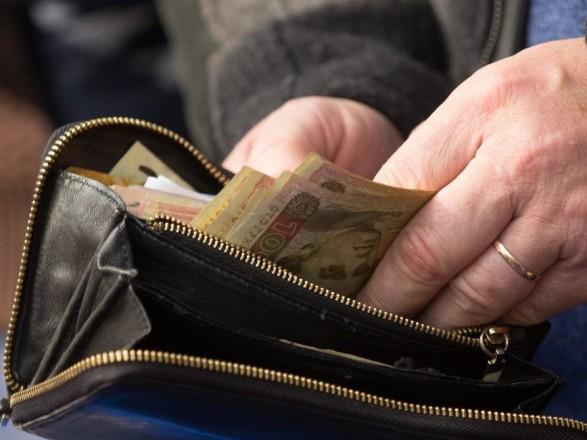 Реальні доходи українців зросли на 10%