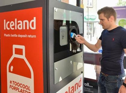 Шотландці хочуть перейти на загальноєвропейську систему збору порожніх пляшок