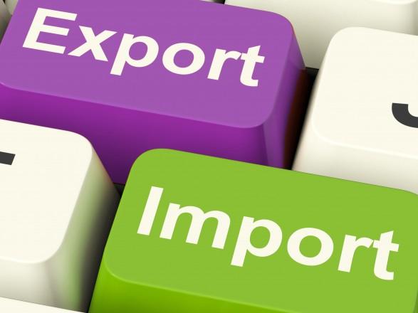 У І півріччі Україна наростила експорт товарів майже на 13%, а послуг - на 6%