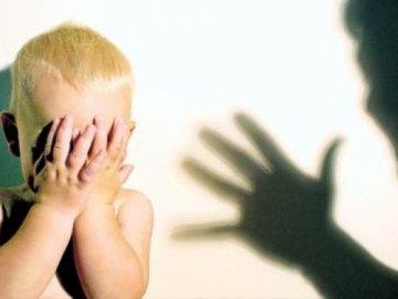В Кировоградской области соцработники изъяли из семьи заморенного голодом ребенка