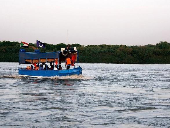 В Судане затонула лодка: погибло более 20 детей