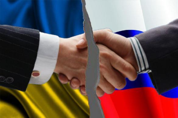Президент підписав указ щодо припинення дії договору про дружбу з РФ