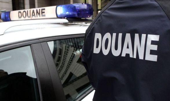 УФранції повідомили, щовантажівка зі 650кг кокаїну була неукраїнською