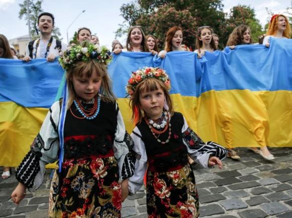 За 8 місяців населення України зменшилось на 152 тис. осіб