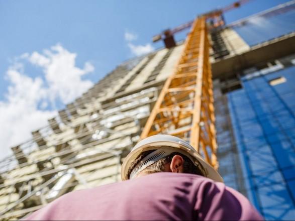 У Польщі українських будівельників залякували і не платили зарплату