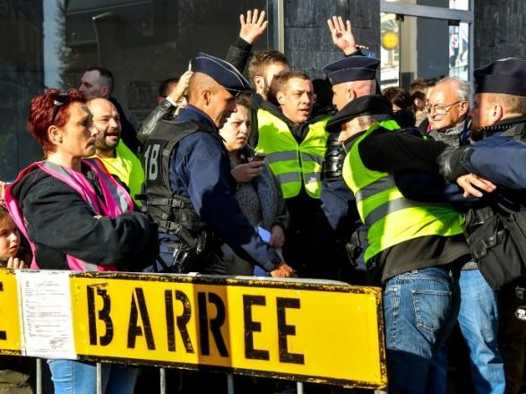Кількість постраждалих під час протестів у Франції збільшилася до 227