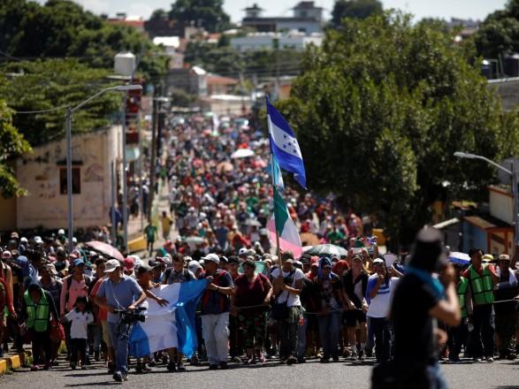 В Мексике находятся более 9,4 тысяч человек из караванов мигрантов