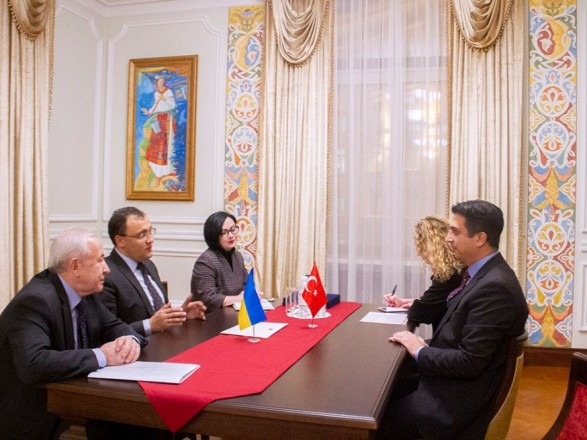 Новый посол Турции начал дипмиссию в Украине