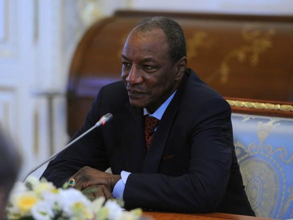 Оппозицию Гвинеи возмутило предложение посла России изменить Конституц