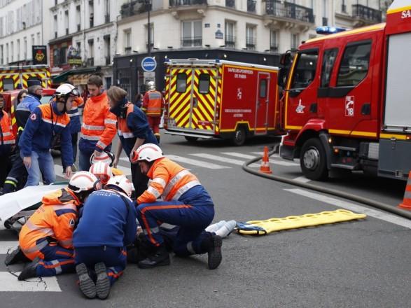 Французские СМИ опубликовали ряд видео с места взрыва в Париже