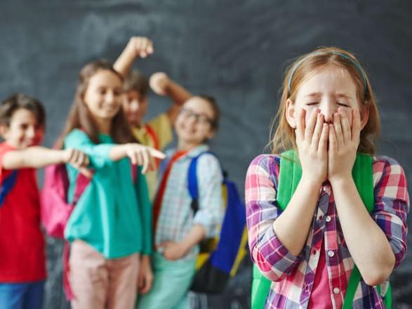 Порошенко підписав закон про штрафи за булінг у школах