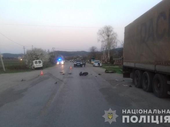 В Тернопольской области пенсионерка погибла, врезавшись на скутере в автомобиль