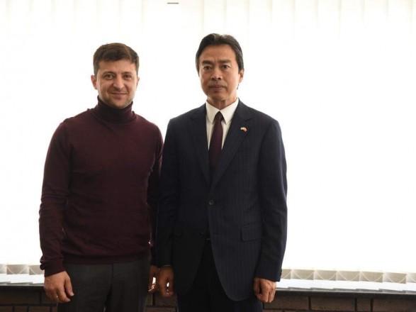 Зеленский встретился с послом Китая в Украине