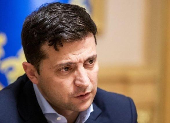 Зеленський доручив звільнити керівника поліції Житомирської області через бурштинові схеми