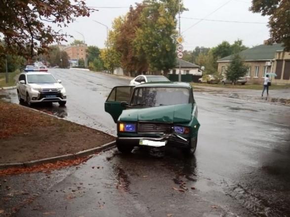 Мужчина совершил ДТП и сбежал, оставив двух детей в разбитой машине