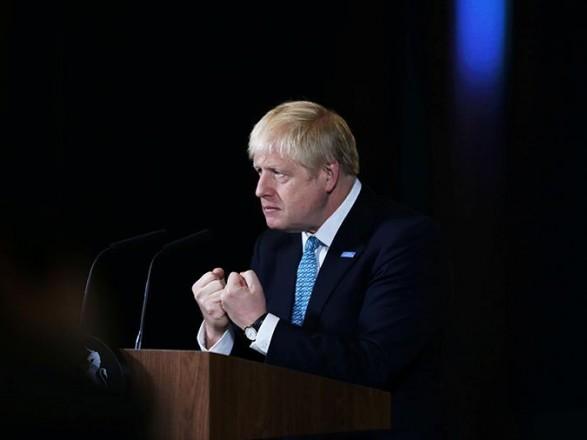 Борис Джонсон відкинув звинувачення в зловживанні владою