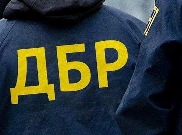 Экс-полицейский и оперуполномоченный СБУ подозреваются в мошенничестве