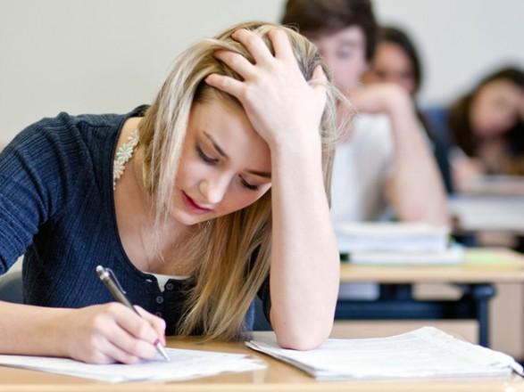 МОН: студенти зможуть переслухати навчальний курс у разі заваленого іспиту