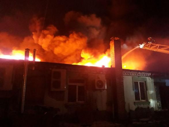 В Запорожье во время пожара в собственном доме погиб 33-летний мужчина
