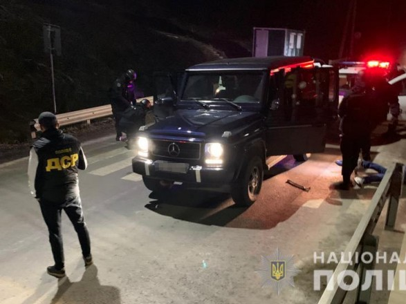 """На Закарпатье полиция провела спецоперацию против вооруженной банды, которая планировала """"контролировать регион"""""""