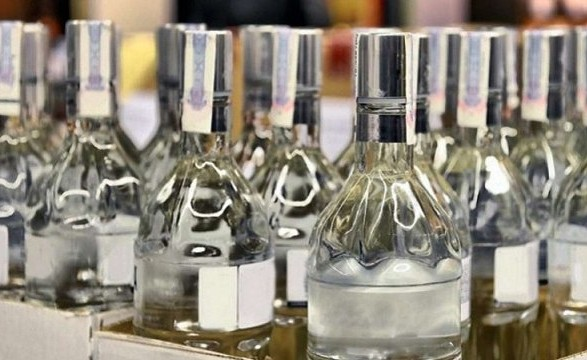 Госстат зафиксировал снижение цен на водку